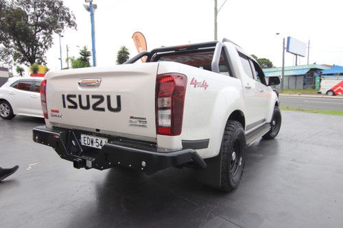Isuzu Dmax 2012+ Rockarmor Elite Rear Step Tow Bar
