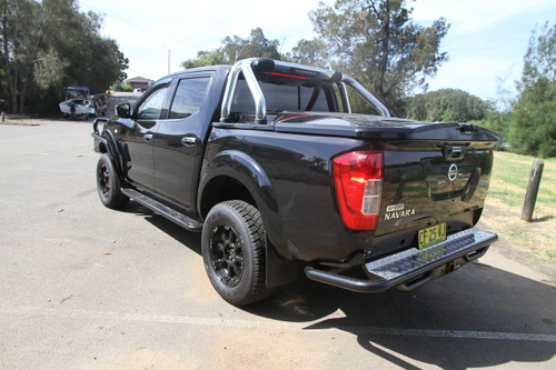 NP300 NAVARA Classic Rear Step Tow Bar