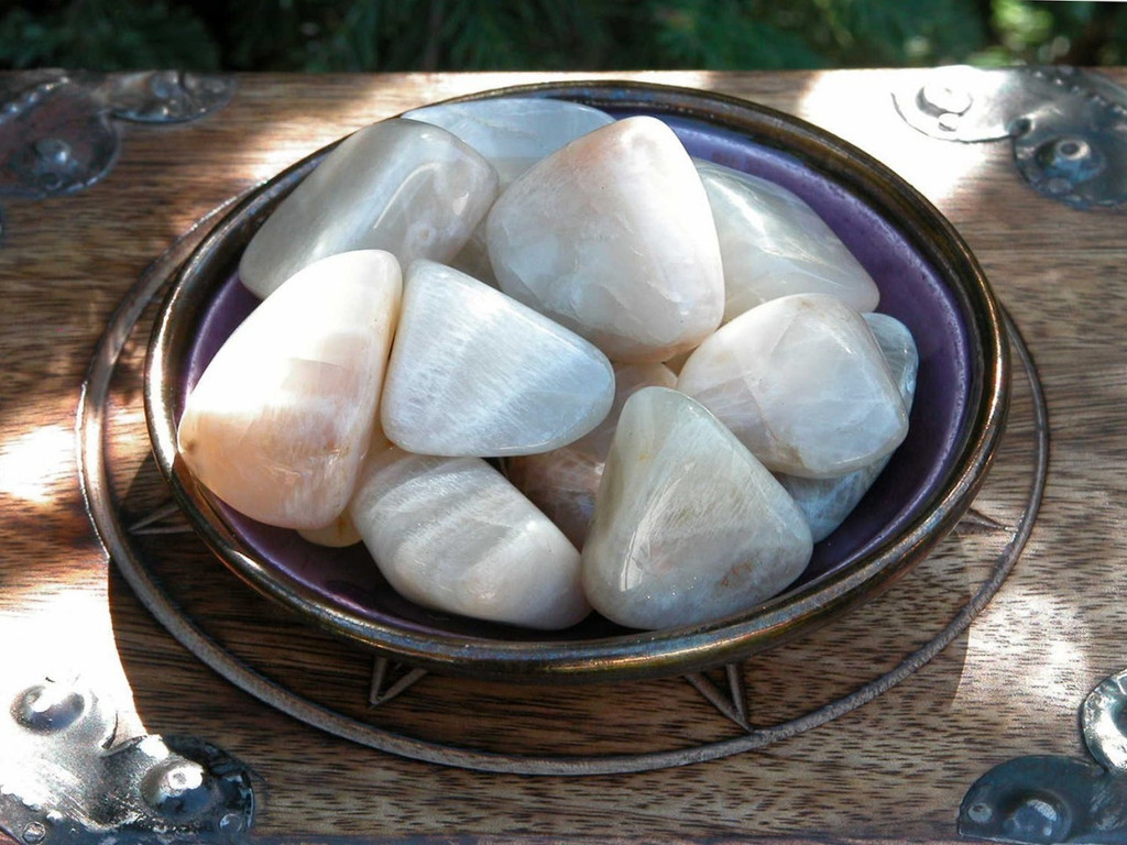 Moonstone Tumbled Gemstone Medium . Feminine Energy . For Protection, Divination, Love, Wishes, Peace and Harmony . Med Set of 2