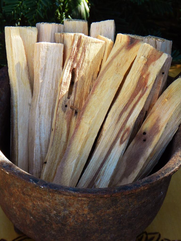 Palo Santo Holy Sticks