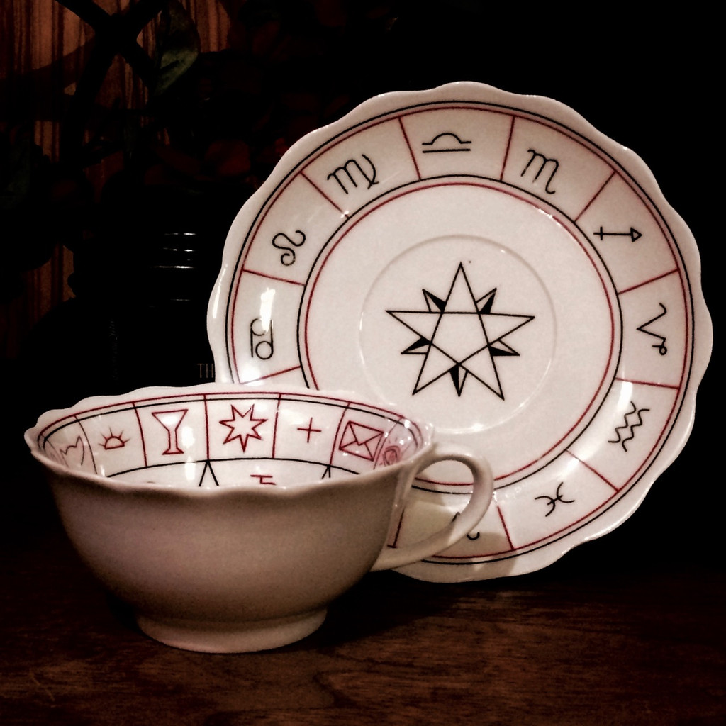 Fortune Tellers Tea Cup & Saucer for Divination and Foretelling the Future with Detailed Instructions