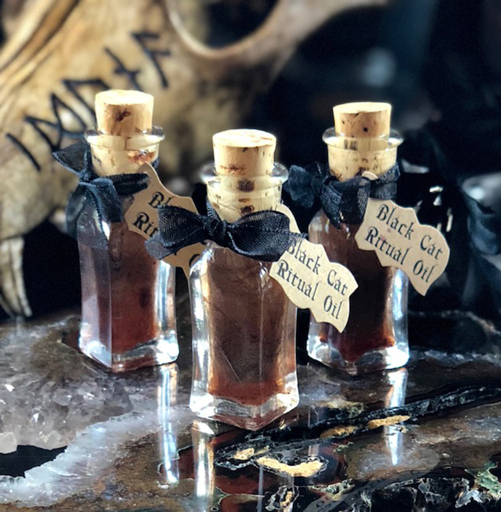 Black Cat Oil for Reversing Bad Luck and Negative Energies, Love and Money Drawing - Alchemist Tree