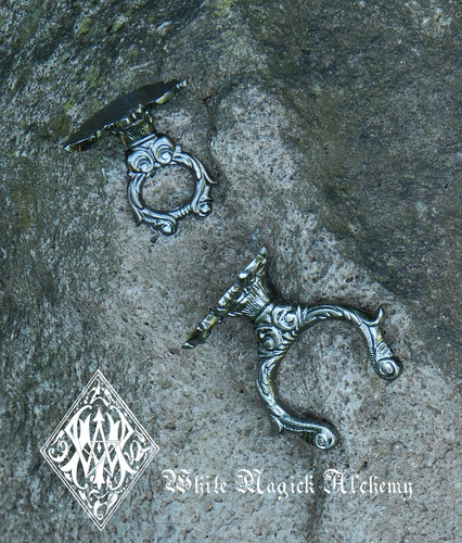 Medieval Ornate Sword Knife Dagger Wall Hanging Display . 2 Piece