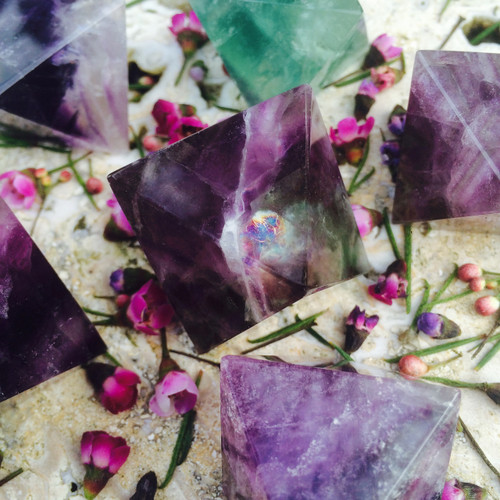 *Fluorite Octahedron Polished Gemstones for Releasing Stress, Anxiety, Protection