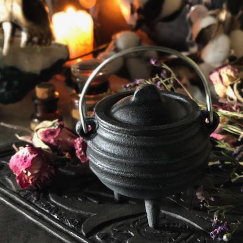 Small Cast Iron Cauldrons, Witch Cauldrons