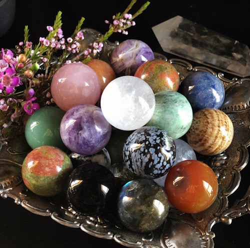 Gemstone Spheres Intuitively Chosen for Radiating Life-Force Energy