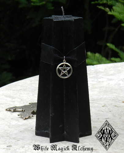 BLACK STAR PENTACLE CANDLES