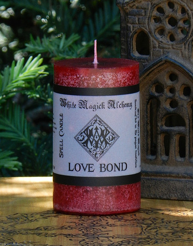 LOVE BOND Spell Candle . Strong Everlasting Love Bonds and Eternal Love Spells