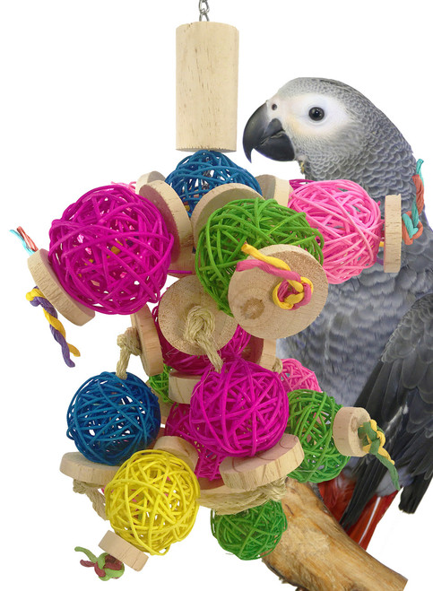 1843 Java Cluster is a colorful ball of foraging fun for your medium to large-sized feathered friends.