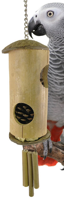 1240 Bamboozle is an all natural foraging feeder for your favorite medium to large-sized feathered friends.