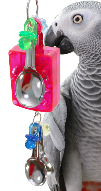 1836 Med Box clanger bird toy is a pull-down toy that will make music to your medium to large sized feathered friends.