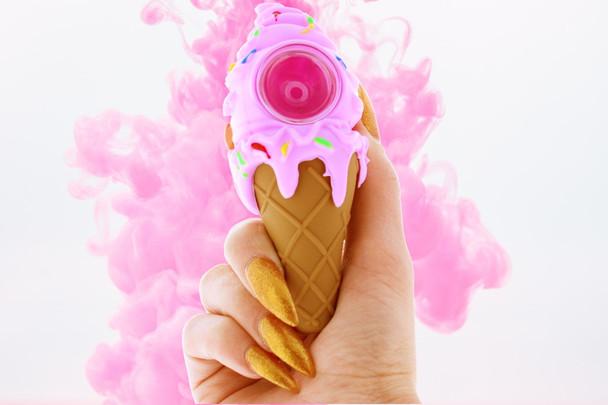 Ice Cream Cone 4.5 Silicone Hand Pipe Glass Bowl