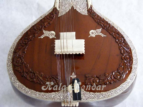 Kanai Lal Garland Sitar