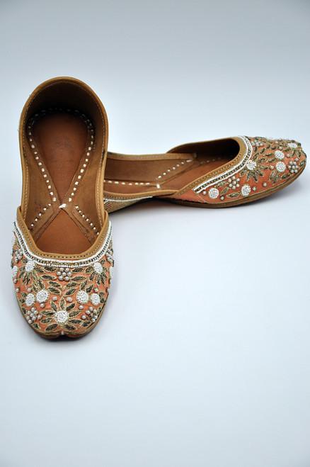 Punjabi Jutti (Peaches 'n' Pearl)