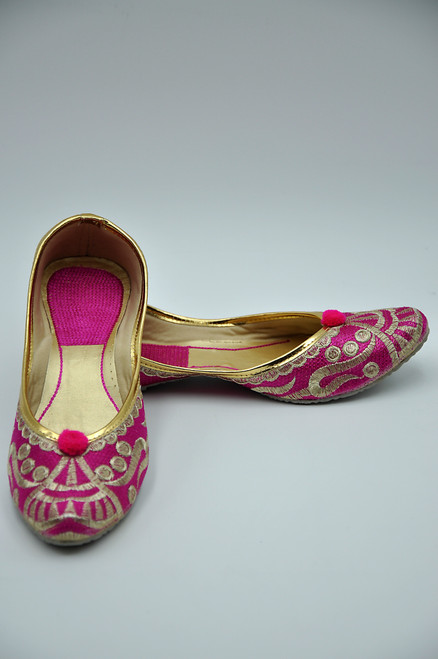 Punjabi Jutti (Hot Pink/Gold)