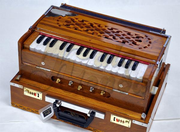 The Traveler® Harmonium Kolkata