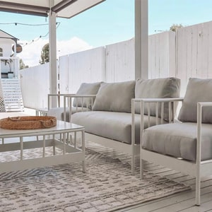 Outdoor Sofas & Lounges