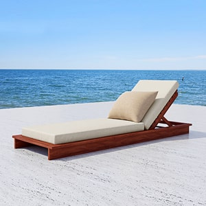 Outdoor Sunbeds & Daybeds