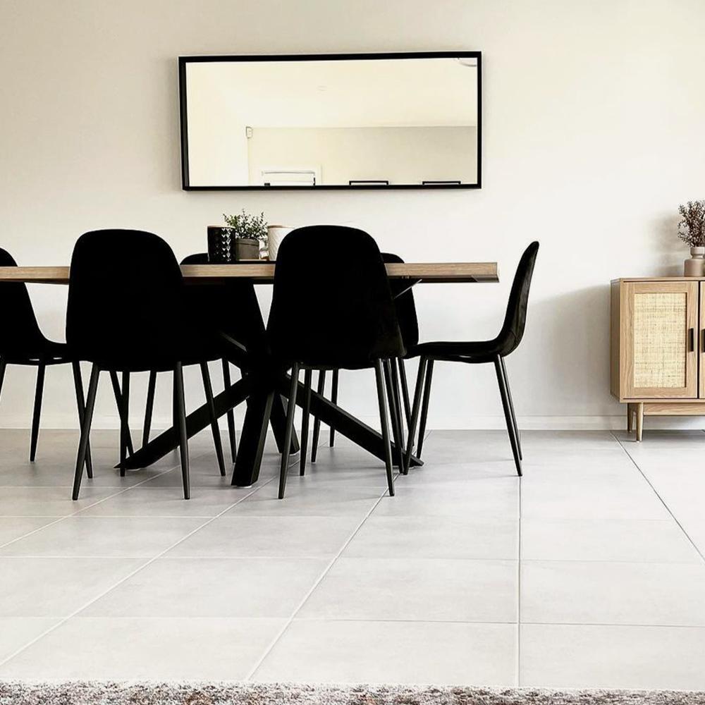 Luxo Living Dining Sets - Image credit: @narrow_home via Instagram