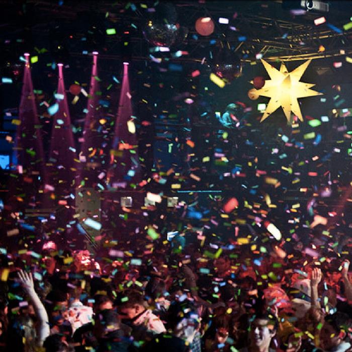 party_poppers_nightclub_confettis_confetti