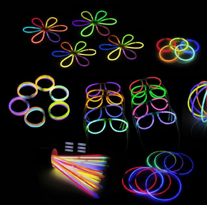 Glow_Sticks_Bracelets_wedding_kingofsparklers
