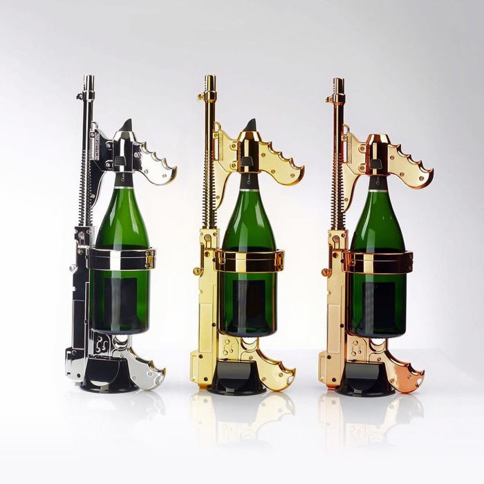 The unique Champagne Gun is a spray diffuser and a serving spout which is an incredibly fun, stylish, and a beautiful addition to all VIP event