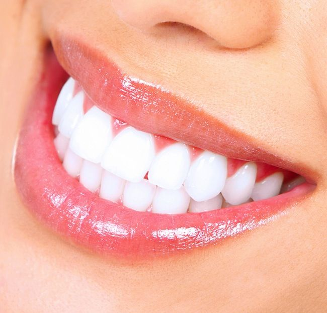 ​DIY Teeth Whitening: Activated Charcoal and Other Ways to Whiten