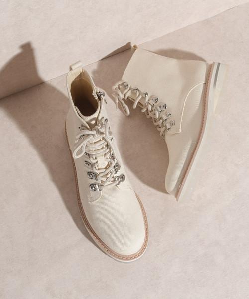 The Camilla Linen Boots Beige