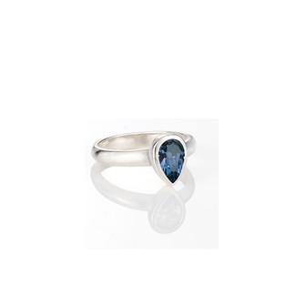 Petite Montana Teardrop Ring