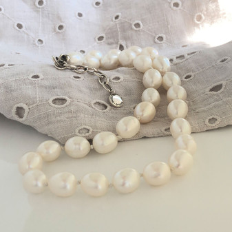 Clifton Pearl Necklace