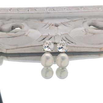 Glam Rocks Pearl Drop Earrings