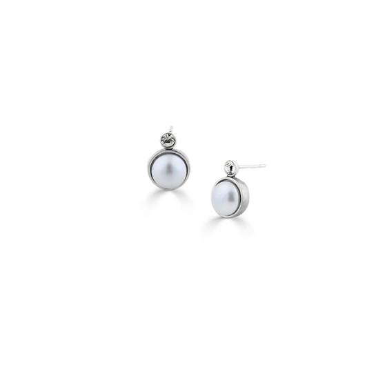 Pretty In Pearl Stud Earrings (E4636)