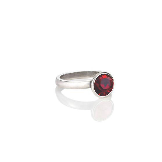 Petite Glam Rock Siam Ring