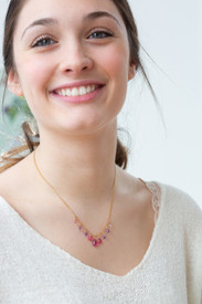 Pink and purple ombre patterned necklace