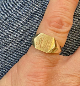 Vintage style signet rings are the rage.