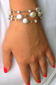 Fine silver and freshwater pearl bracelet
