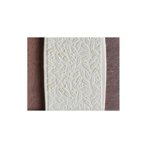 Acrylic Texture Fine Line Roller (KRFL) - Fern Leaves - 7.5cm - Example
