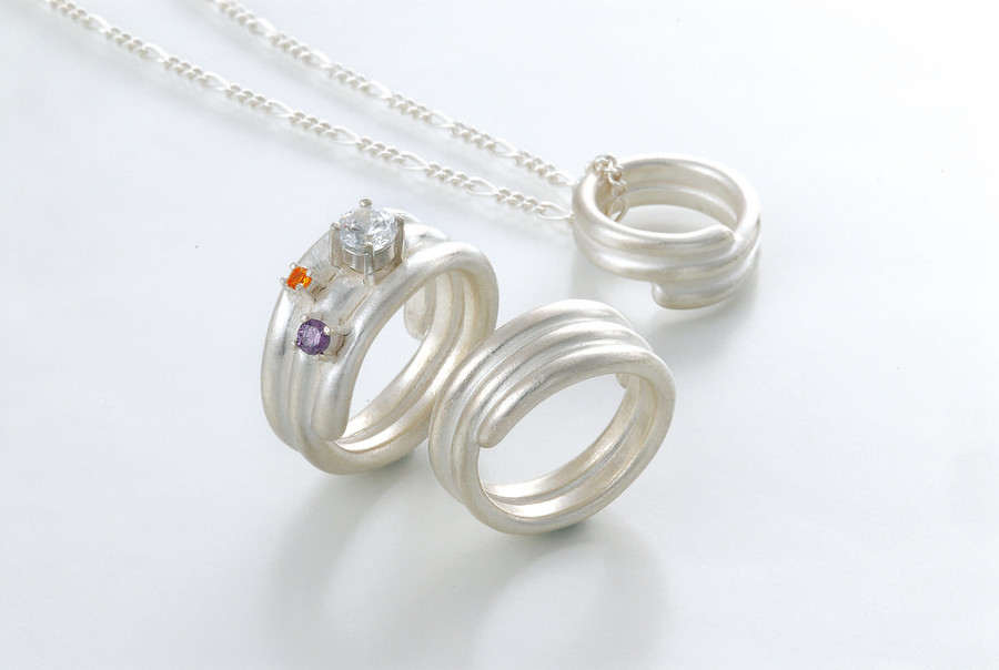 Make real silver jewellery at home!