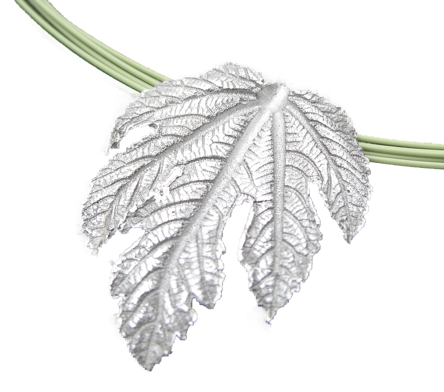 Use the Art Clay Silver Paste to make a stunning replica of a leaf! Turn a special leaf into a everlasting silver pendant or charm.