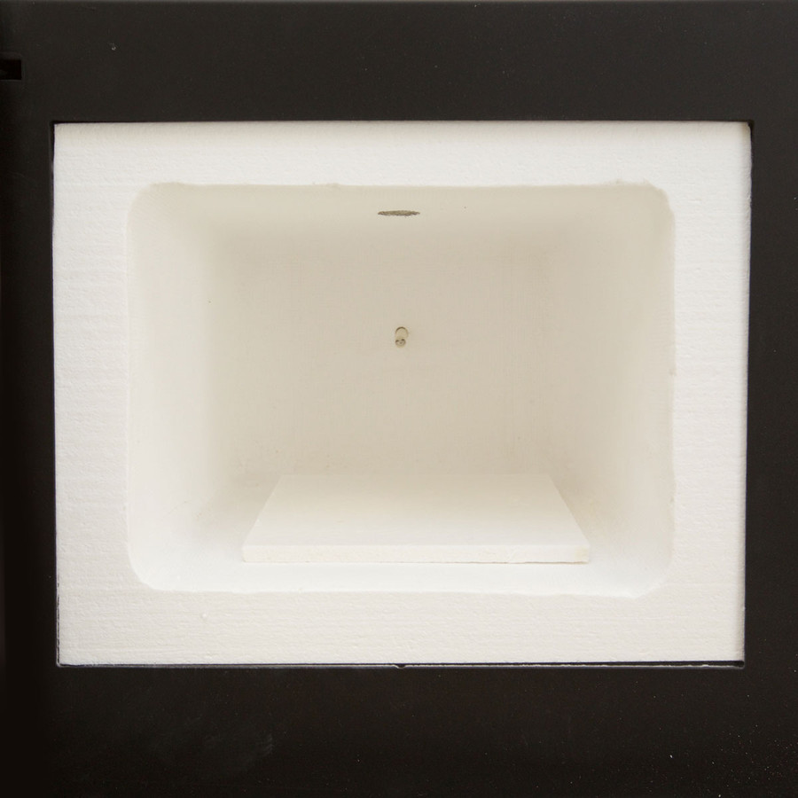 Includes a soft ceramic fibre kiln shelf.