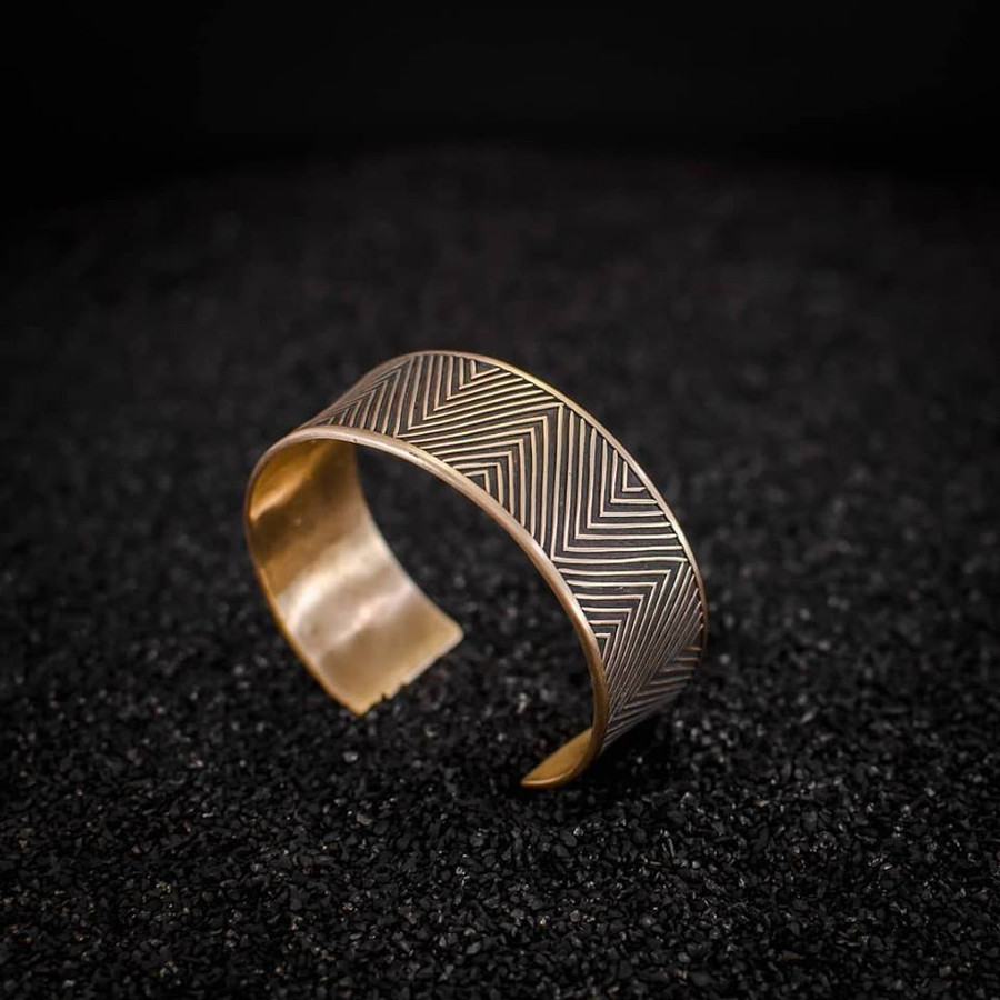 Golden Bronze Bangle with inversion Technique Masterclass in Dorset UK, 23-24 March 2019 Clément Marquaire - Geometrically Stuck