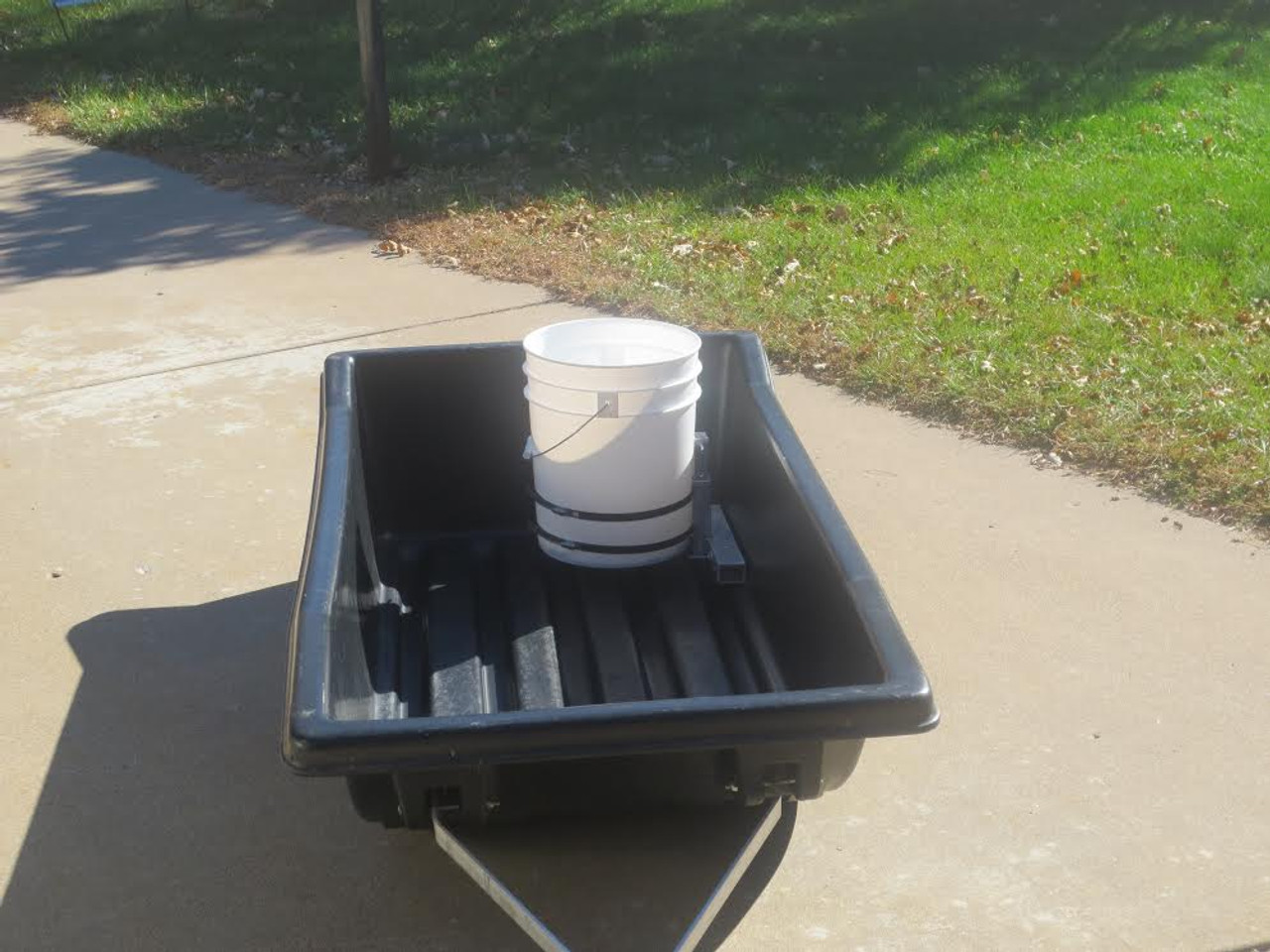 sled ice fishing bucket holder