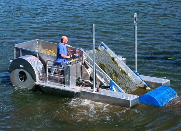 Aquatic Lake Weed Harvesters