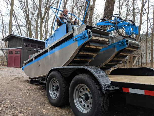 Amphibious Lake Weed Cutter and  Collector