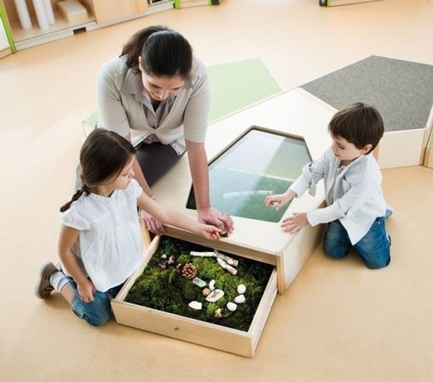 "Grow.upp Display Case Platform ""A"""