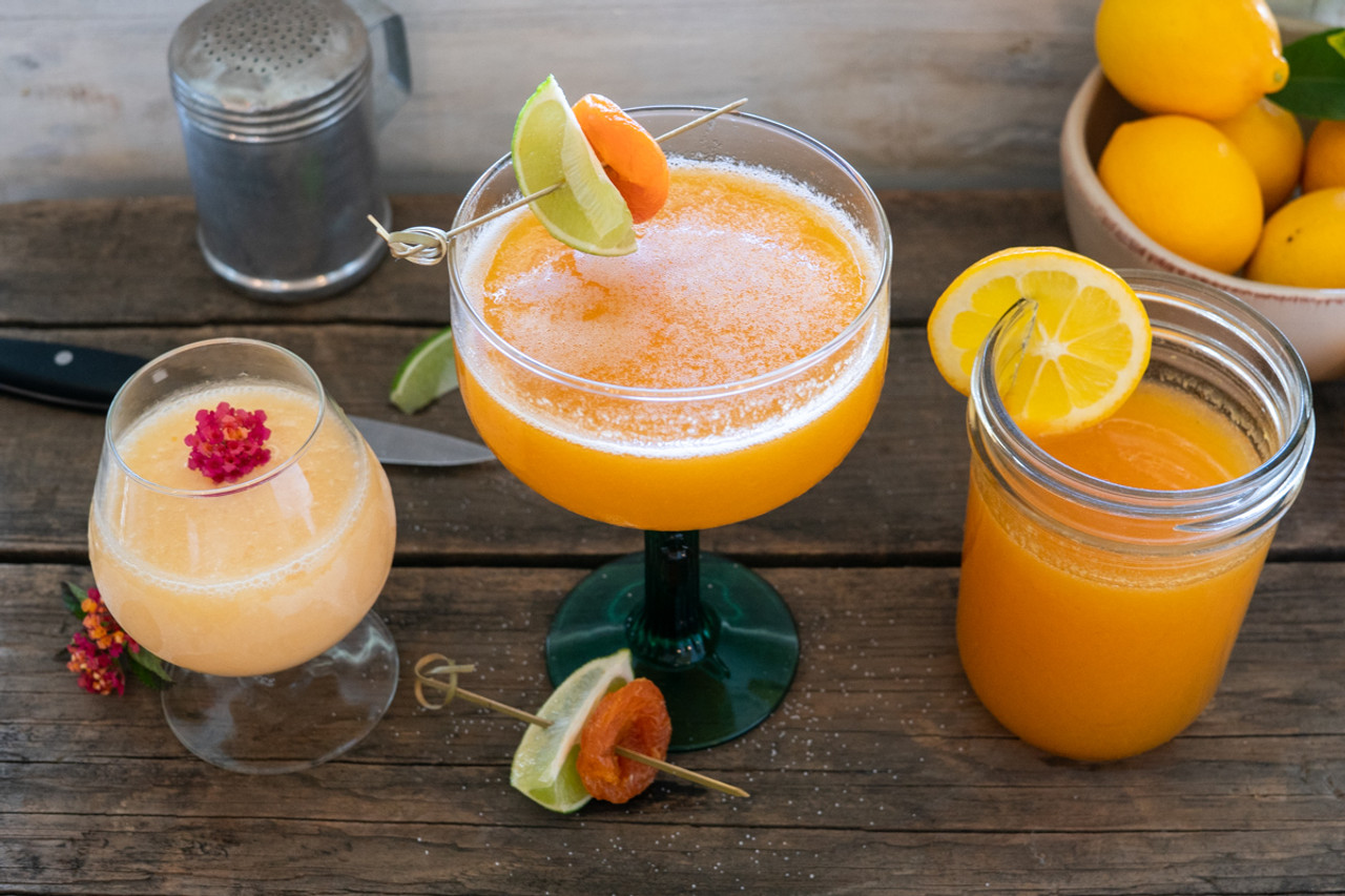 The Tipsy Apricot: Easy Apricot Cocktail Recipes That Are Sure To Impress!