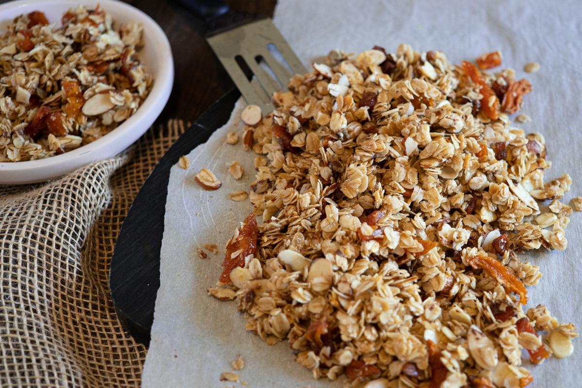 dsc09580-granola.jpg