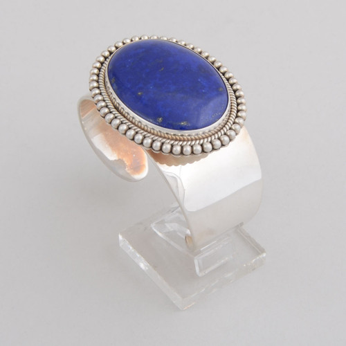 Sterling Silver Cuff w/ Lapis Lazuli, Oval Design and Detailed Silver Work.