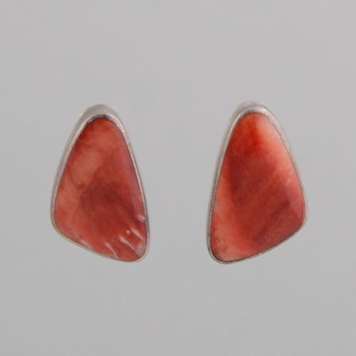 These Peyote Bird earrings feature Red Spiny Oyster Shell and Sterling Silver!