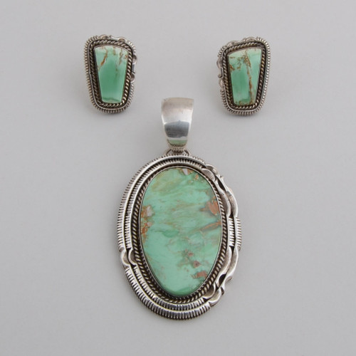 Artie Yellowhorse pendant and earring set with Veriscite, which is not quite Turquoise but still has great green color!